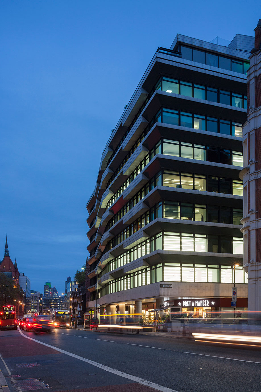 322 High Holborn External 2